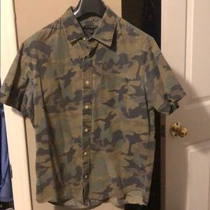 Banana Republic camo button down